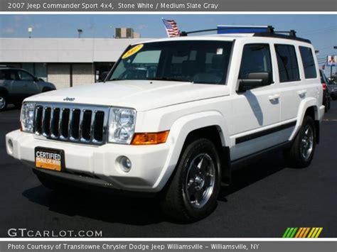 2007 White Jeep Commander White 2007 Jeep Commander Sport 4x4 Medium Slate