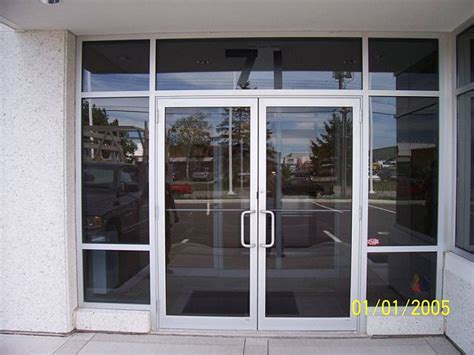 glass shop door commercial aluminum storefronts entrance in nh ma northlite glass mirror 03038