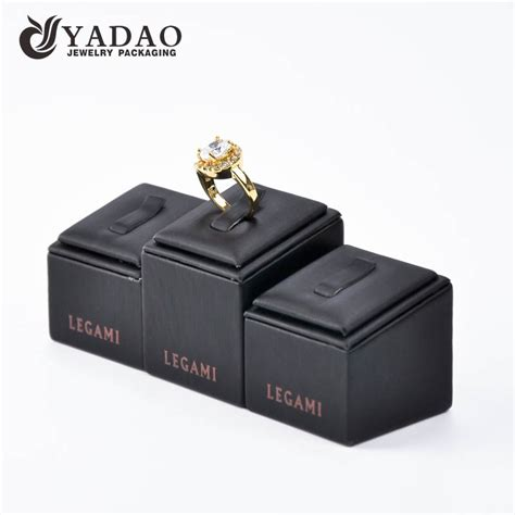 handmade high quality wholesale customize jewelry display