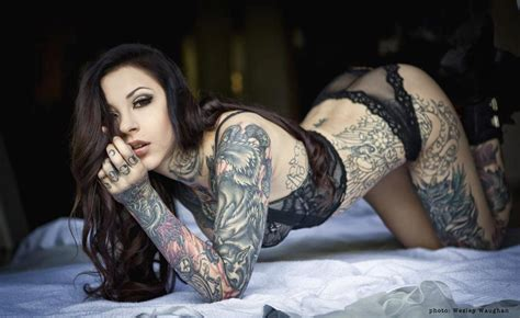 tattoo girl in body tattoo chiccs tattoos fonts ideas designs pictures