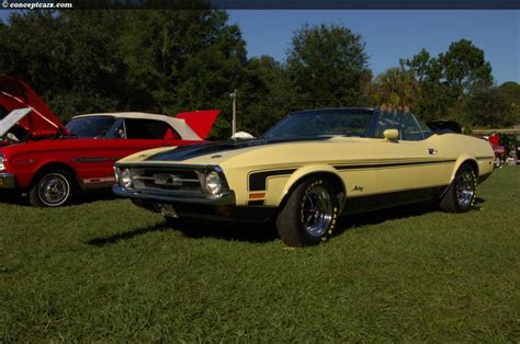1971 ford mustang at the hilton head concours d elegance