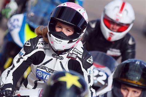 Frauen Und Motorradfahren by Frauen Fahren Ab Auf T 246 Ffs Und Rolle 187 Acidmoto Ch Das