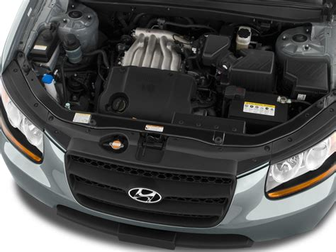 image  hyundai santa fe fwd  door  auto gls engine size    type gif posted