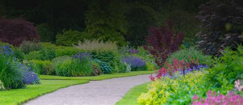 Gardenscapes Commercial Gardenscapes Garden Design Landscaping In Surrey And