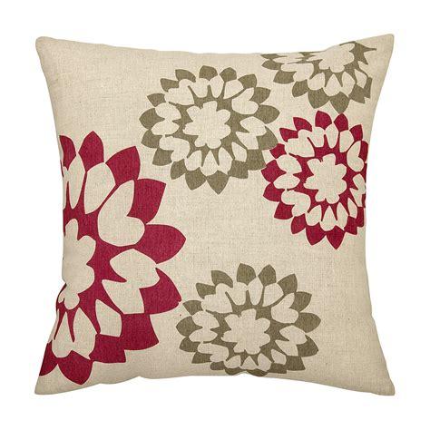 judy ross textiles carousel decorative pillow 18 quot x 18