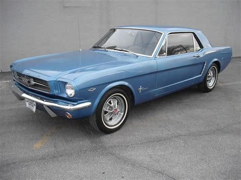 mustang made how many 64 1 2 ford mustangs were made