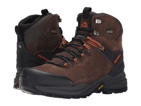 rekomendasi sepatu untuk berpetualang adventure
