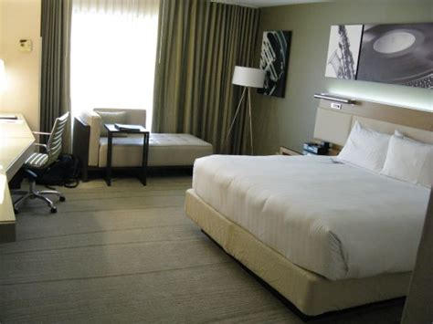 modern clean bedroom picture of hyatt regency austin