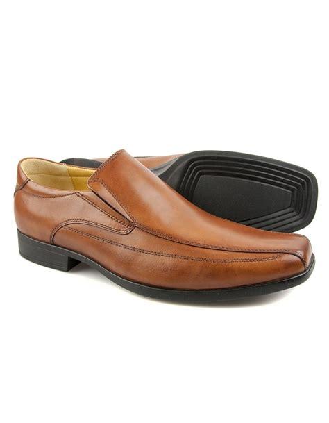 steptronic williams cognac shoes from fields menswear uk