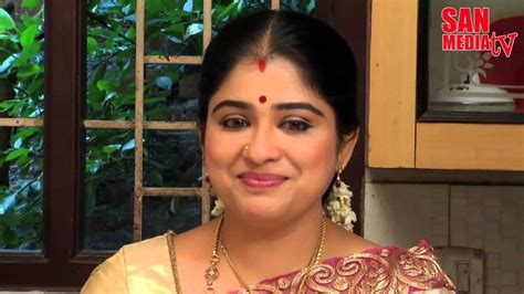actress tv name sun tv bommalattam serial actress devi real name sun tv