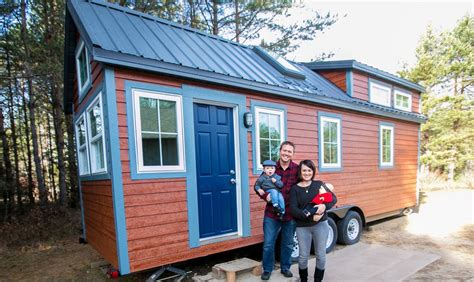 tiny house for family of 4 family of four tiny house with all the bells and whistles