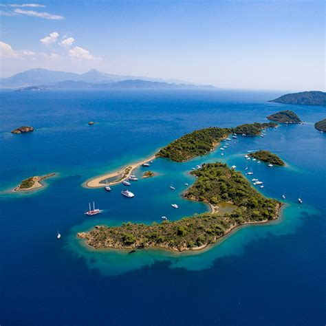 sail greek islands busabout sailing and island hopping in europe busabout