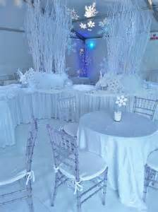 How To Make Winter Wonderland Decorations - 35 cool winter wonderland table decorations table decorating ideas