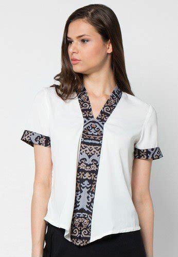 Atasan Batik Kombi 11 model baju batik modern untuk pesta koleksi terbaru