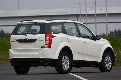 mahindra xuv 500 automatic transmission price mahindra xuv500 automatic variant launched at rs 15 53 lakh