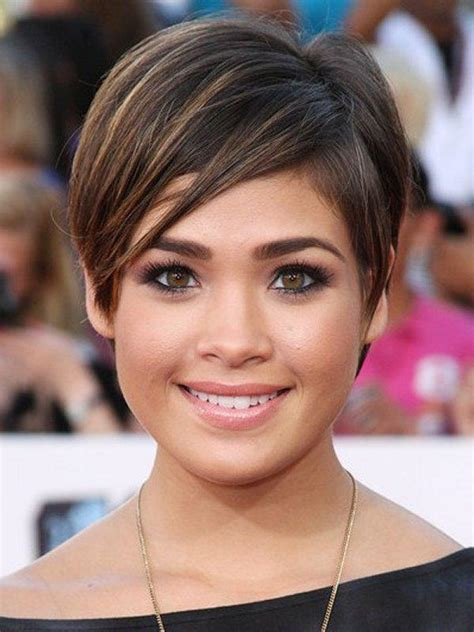 8 best and glamorous hairstyles for round face vpfashion short hairstyles for round faces 20 glamorous hairstyles