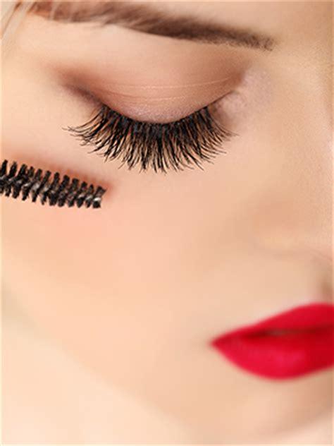 Galenco Eyelash Curlier Pelentik Bulu Mata beautiful curled eyelashes day spa