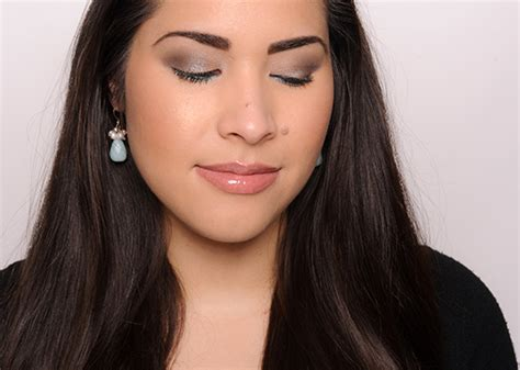 Podcast Look The New Smoky Eye by Look Starting The New Year With Smoky Dazzling