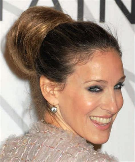 classic hairstyles buns classic bun hairstyle behairstyles com