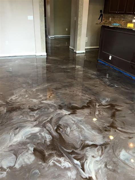 REFLECTOR? Flooring ? LIQUID PERFECTION