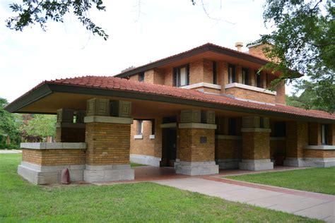cool wichita architecture