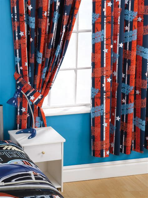 curtains for cers curtains and blinds disney cars 2 curtains espionage