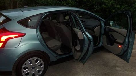 2012 ford focus sel hatchback seat covers sell used 2012 ford focus se hatchback 4 door 2 0l in