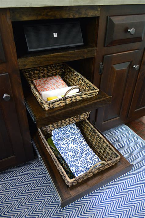 Kitchen Basket Drawers by Adding Diyed Pull Out Basket Drawers In The Kitchen
