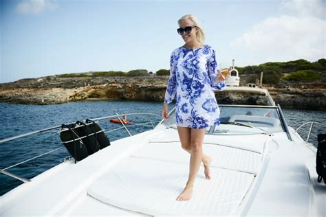 yacht attire what to wear on a yacht style essentials azure ultra