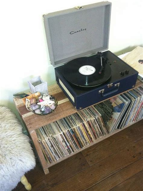 I Had An Old Wooden Pallet And A Box Of Nails I Needed A Record Shelves Diy