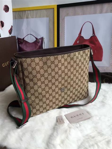 Gucci Evening Bag Purses Designer Handbags And Reviews At The Purse Page by 4192 Best Images About Gucci On Gucci Handbags