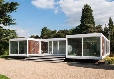 holyport berkshire  modern house