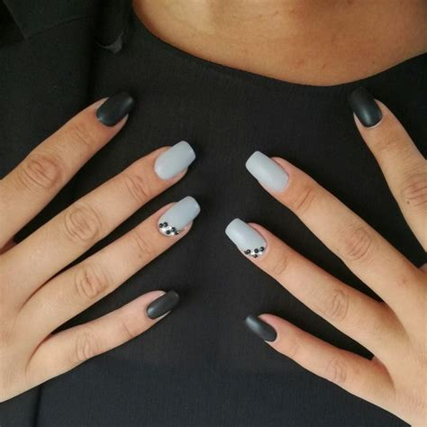 Ongle En Gel Et Gris ongle en gel gris noir