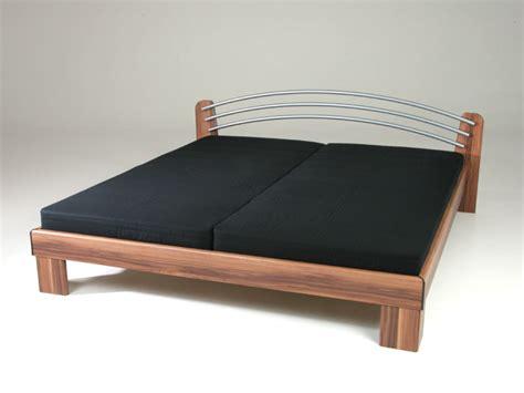 futonbetten komplett angebot bett 180x200 komplett nussbaum mit matratze lattenrost