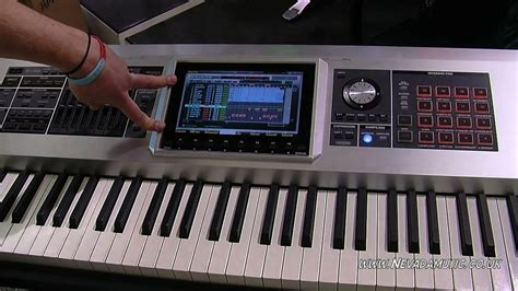 Keyboard Roland Fantom G8 roland fantom g8 workstation keyboard demo pmt