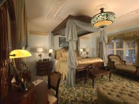 Decorating Ideas For Master Bedrooms by Master Bedroom Suite Decorating Ideas The Master Suite Dcor Is