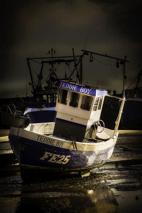 fishing boat hire uk fishing boats http www fishinglondon co uk fishing