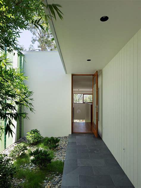 decoracion de patios interiores patios interiores peque 241 os ideas para una decoraci 243 n