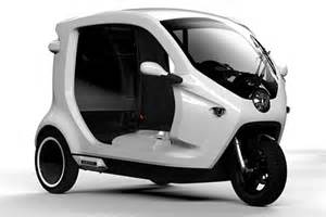 Electric Auto Rickshaw India Zbee An Electric Three Wheeler To Compete Against Bajaj S