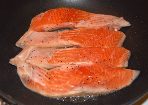 cooked salmon color cooked salmon color