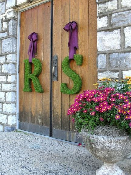 moss covered letters wedding wednesday tutorial how to make moss covered