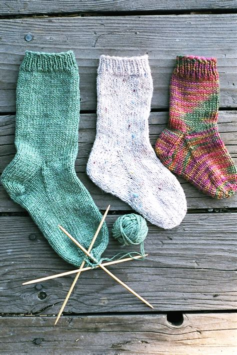 easy knit sock pattern 203 easy children s sock knitting and simple