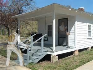 elvis house in tupelo mississippi elvis