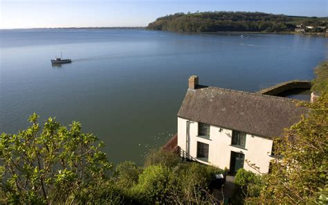 boat house laugharne the dylan thomas boat house in laugharne wales where he