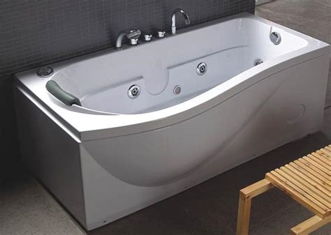 bathtub at lowes jacuzzi bathtub lowes neaucomic com