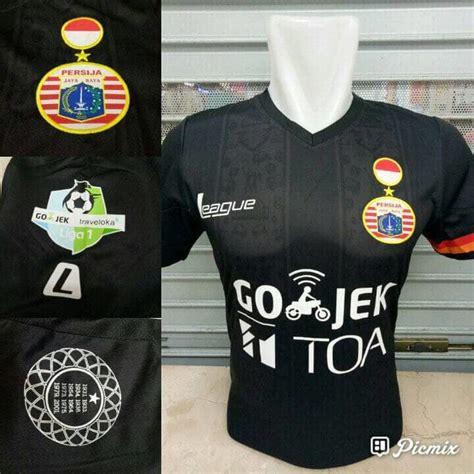 Jersey Persib Bandung Away 3rd Gold 2017 Liga Gojek Traveloka jersey persija 3rd 2017 liga 1 gojek traveloka jersey bola grade ori murah