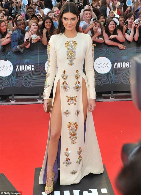 123 Kendal Dress kendall jenner lands caign for givenchy daily mail