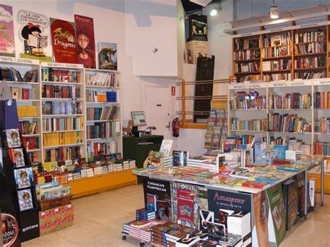 libreria el tranvia celebra el d 237 a del libro el mi 233 rcoles 27 abril en librer 237 a