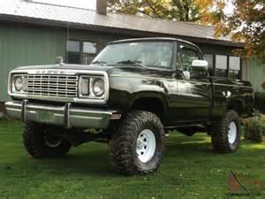 1977 dodge w100 power wagon