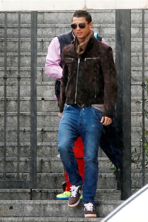 casual c cristiano ronaldo fashion and hairstyles in 21 pictures